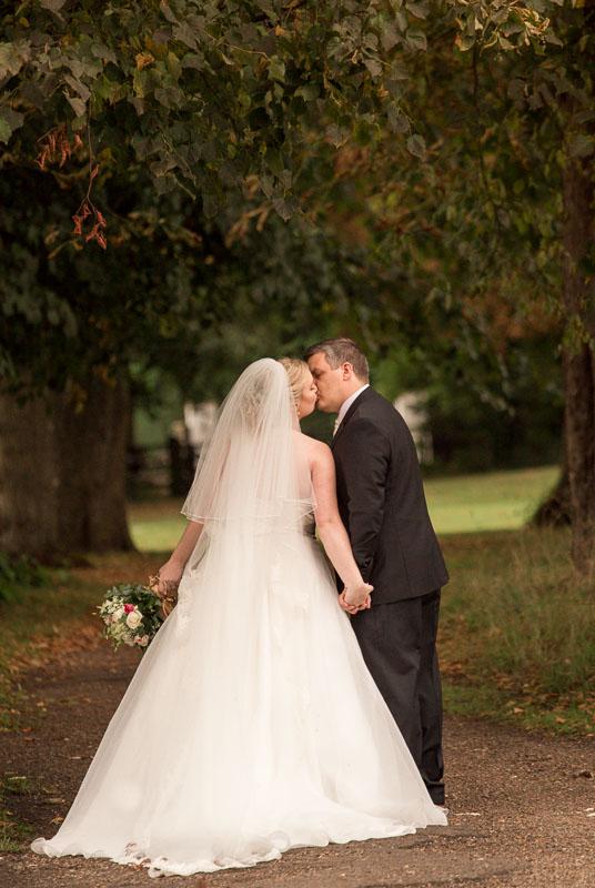 Berkshire wedding photographer -Bride and groom at Badgemore Park