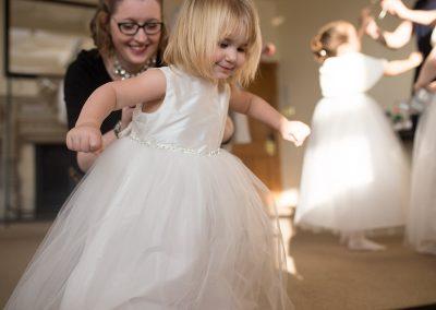 bridesmaidescaping1200