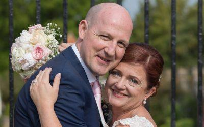 Barnett Hill wedding, || Andy & Clare – Guildford wedding photographer