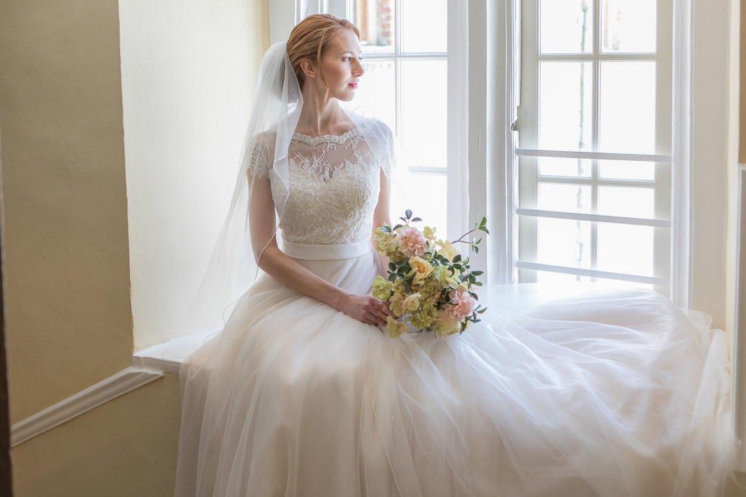 Farnham castle bridal shoot