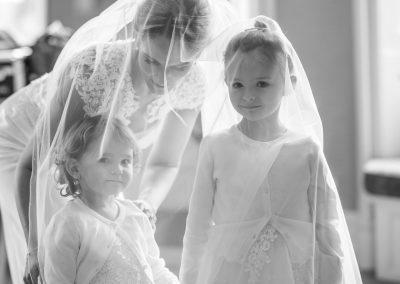 bridal prep at the Elvetham Hotel