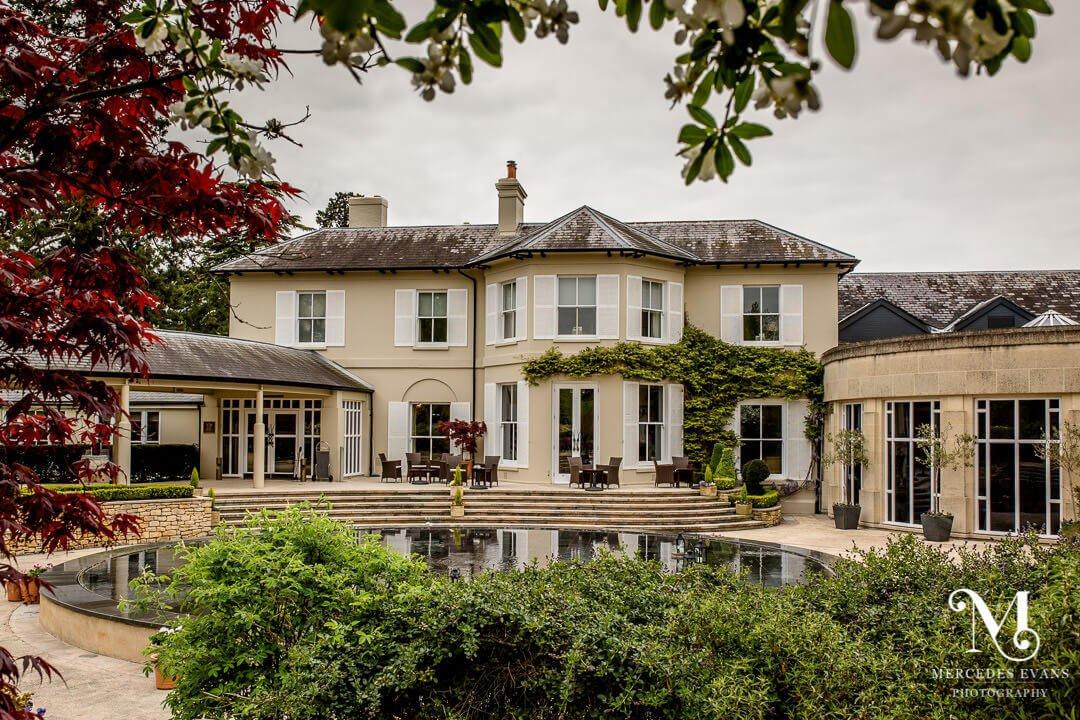 exclusive royal berkshire wedding venue the Vineyard